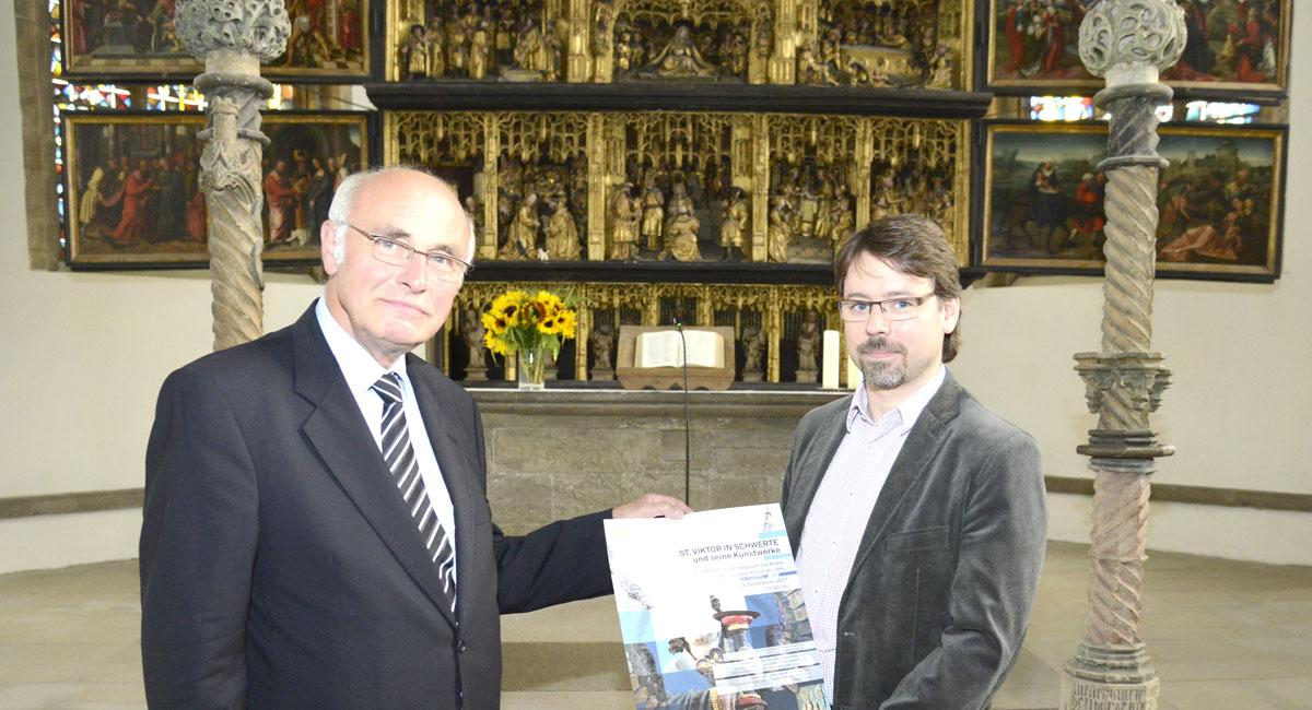 St. Viktor und seine Kunstwerke: Eine Kirche wird betrachtet